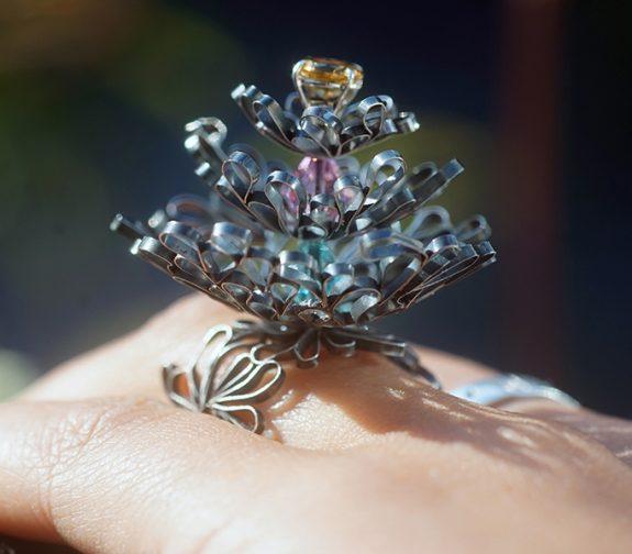Kinetic Flower Ring