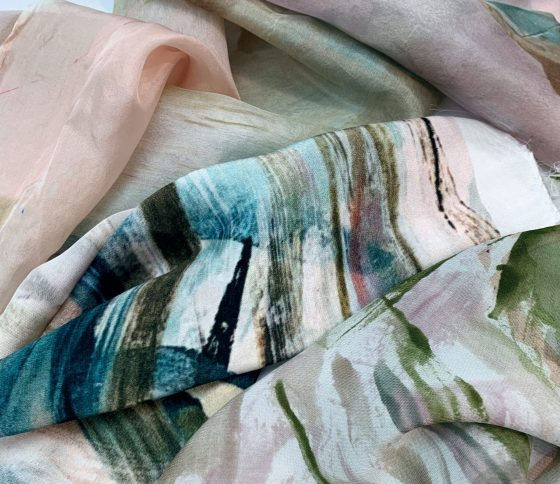 USING COLOUR TO BE SPONTANEOUS AND INTUITIVE WITH CORINNE SNELL