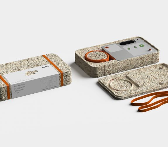 FLANEUR - a camera that slows down the way we interact with the digital world