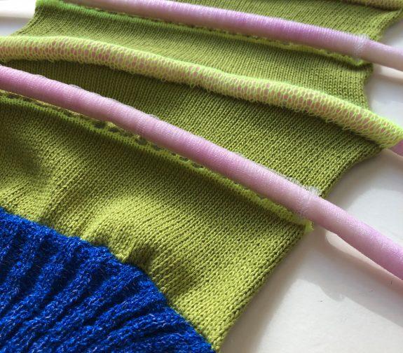 Bam and PomPom - knit sample 1