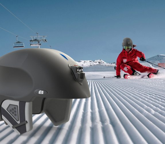 VALKYRIE, the smart helmet for skiers